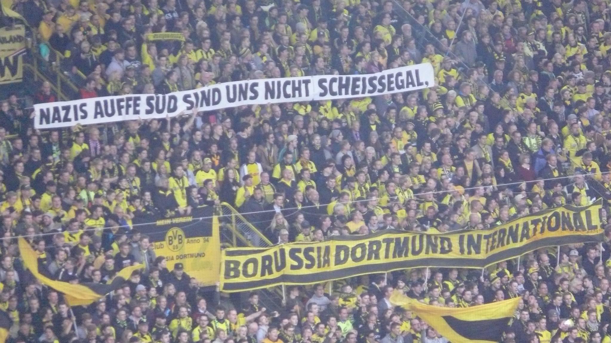 Nazis auffe Süd sind uns nicht scheissegal. Borussia Dortmund International