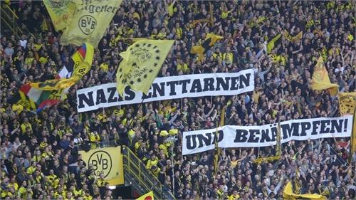 Nazis enttarnen und bekämpfen!